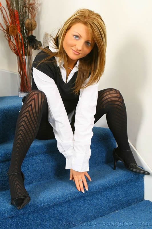 Liana Lace In Black Pantyhose